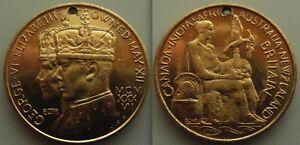 Nice-Collectable-Medal-of-King-George-VI-amp-Elizabeth-Crowned-May-XII