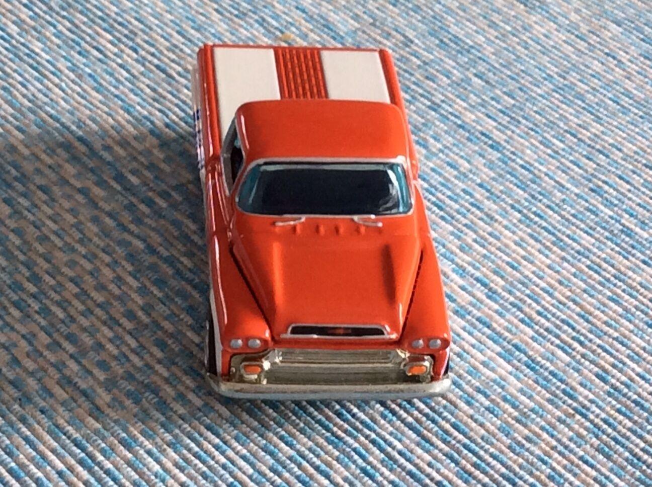 Hotwheels 1958 Chevy Apache-MOBIL OIL