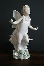 Lladro Butterfly Wings Porcelain Figurine #6875 With Original Box