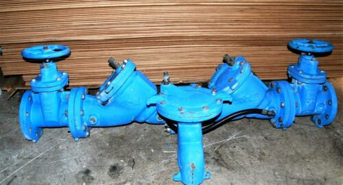 """in excellent condition. Watts 909 Series 4/"""" Backflow Preventer lightly used"""