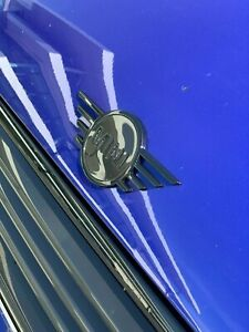 Brand-New-Genuine-Mini-F55-F56-F57-Avant-Noir-Piano-Wing-badge-51142465241