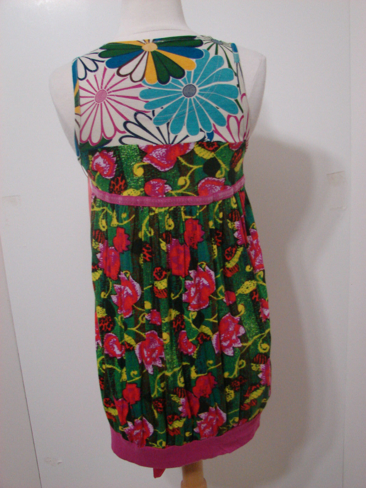 DESIGUAL DESIGUAL DESIGUAL Multi-colord Floral Sequin Satin Tie Sleeveless Dress M NWOT India cb9ca9