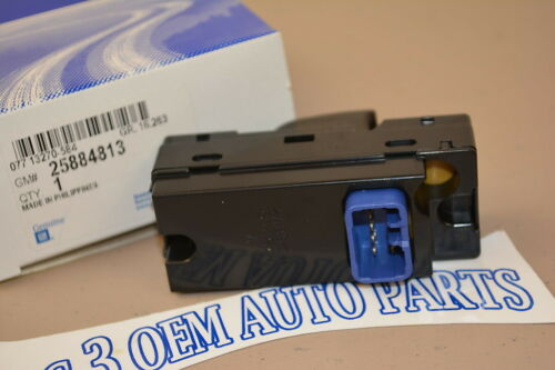 04-12 Colorado Canyon 06-10 Hummer H3 LH or RH REAR DOOR WINDOW SWITCH new OEM