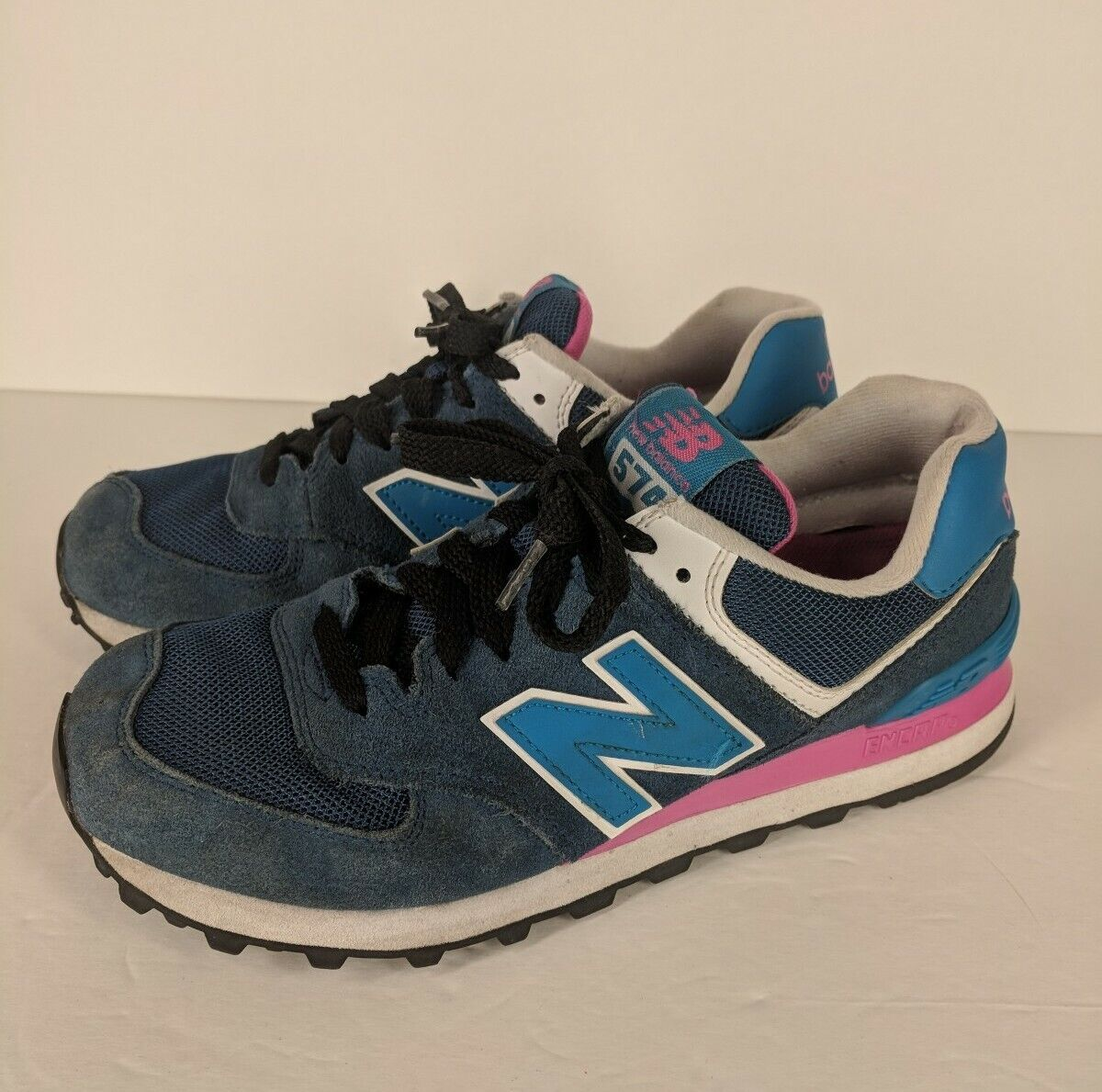 New Balance 874~Womens 8.5~Athletic Shoes Blue Pink