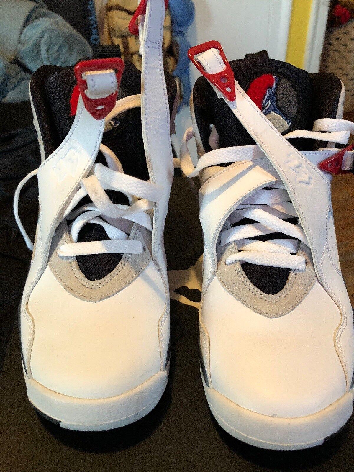 Air Jordan 8 Bugs Bunny | 100% Authentic | Pre-Owned | Sz 7Y
