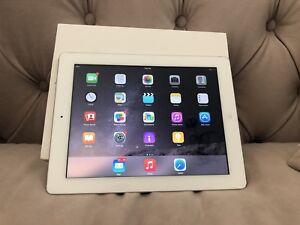 Apple iPad Air 1st gen. 16 Go, Wi-Fi, 9.7 in (environ 24.64 cm) - Argent
