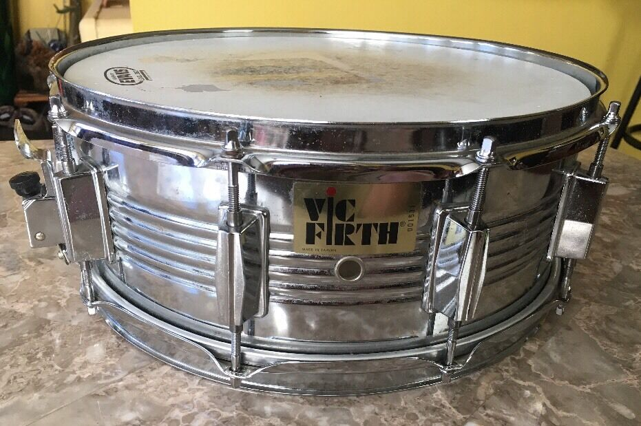 Vic Firth 14 x 5.5   Snare Drum-Deep Chrome 10 Lug-VERY GOOD USED CONDITION-NICE