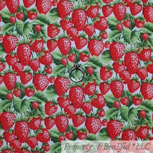 BonEful-FABRIC-FQ-Cotton-Quilt-White-Pink-Red-STRAWBERRY-Green-Leaf-Fruit-Flower