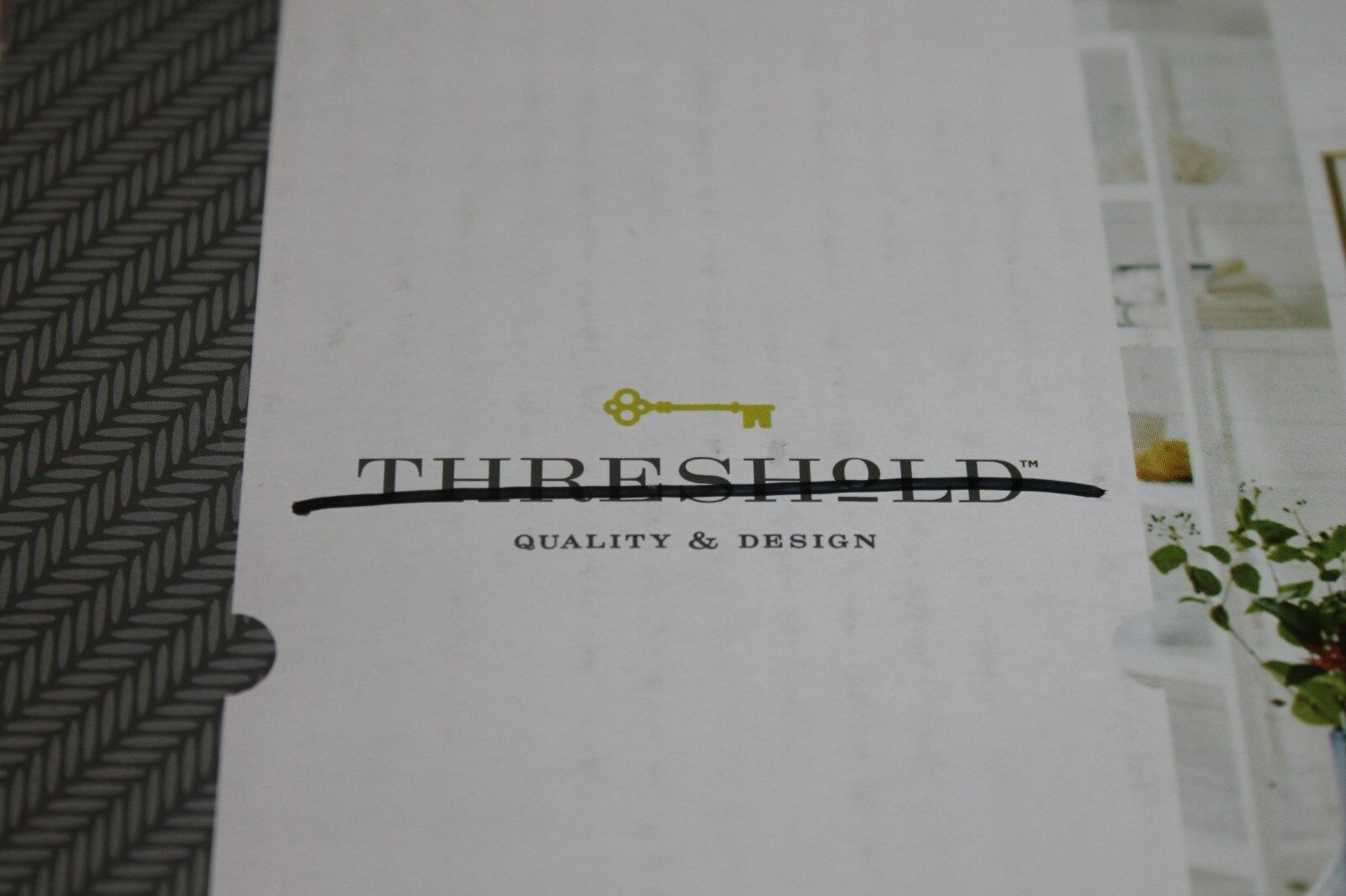"NEW Threshold SHOWER CURTAIN Stylist Indigo Paisley 100/% Cotton Ivory 72x72/"""
