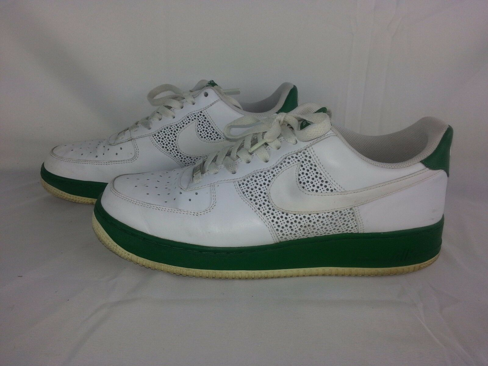 Men's size 10 Nike Air Force 1 1982 Retro sneakers shoes Green & White Cheap women's shoes women's shoes