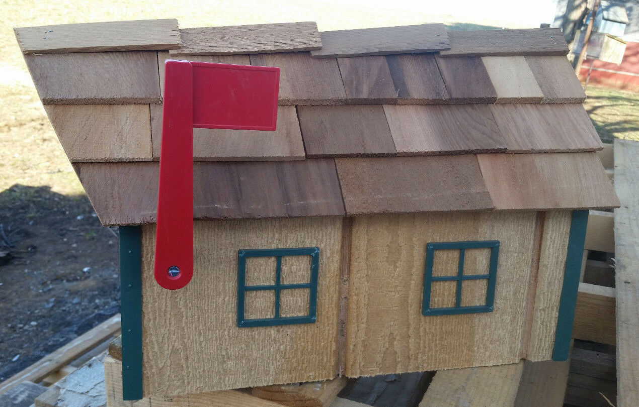 Amish Crafted Natural Look (Grün Trim) Barn Style Mailbox - Lancaster County PA