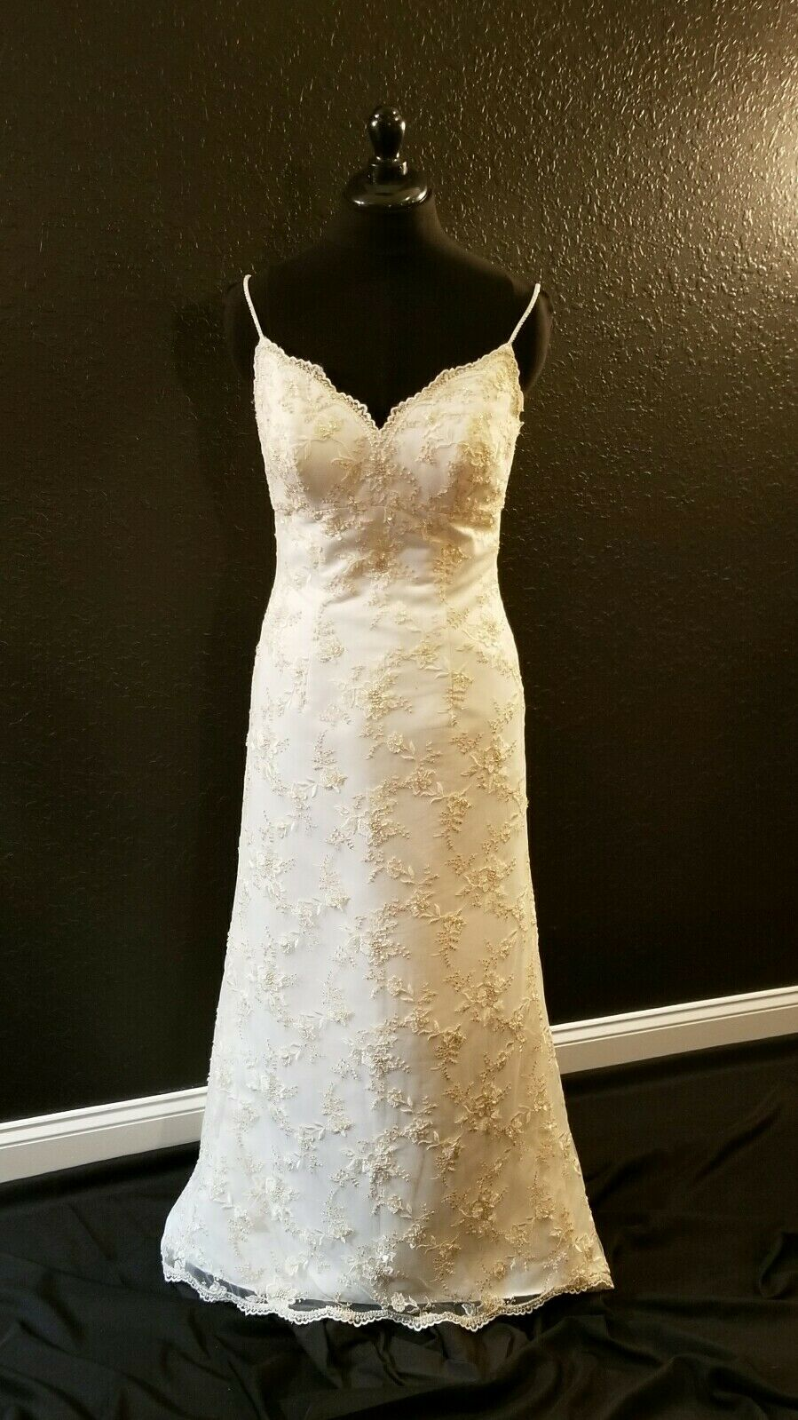 Elegant Chantilly Lace Sheath Wedding Dress from the Oleg Cassini Collection