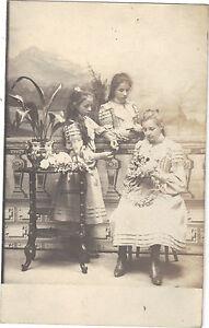 Photographie-ancienne-Jeunes-filles