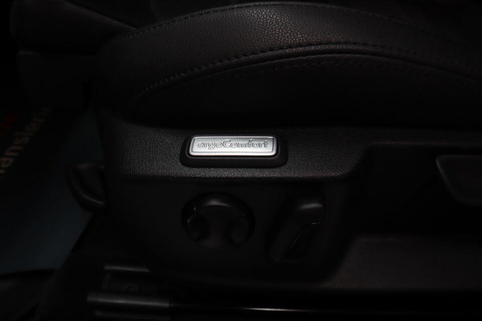 VW Passat 2,0 TDi 240 Highl. Vari. DSG 4M Diesel 4x4 4x4 aut.