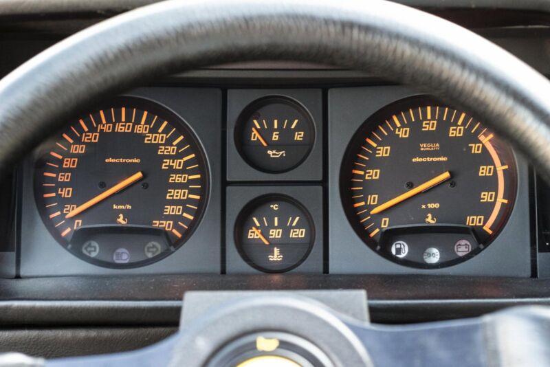 Ferrari Testarossa - 9