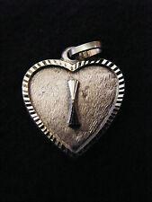 Colgante Corazón Medallón en PLATA Chapado Letra I 2 cm