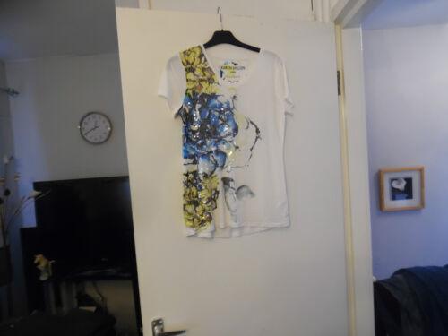 EMBELLISHED FLORAL PRINT T-SHIRT BY KAREN MILLEN RRP-£65.00