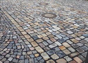 Pflastersteine-gebraucht-bunt-Granit-u-a-Grosspflaster-herbstlaub-25-t