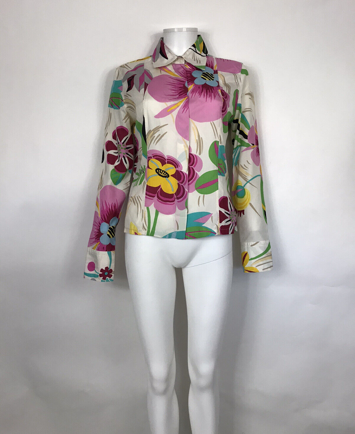 Rare Vtg Gucci White Floral Print Silk Top S - image 1