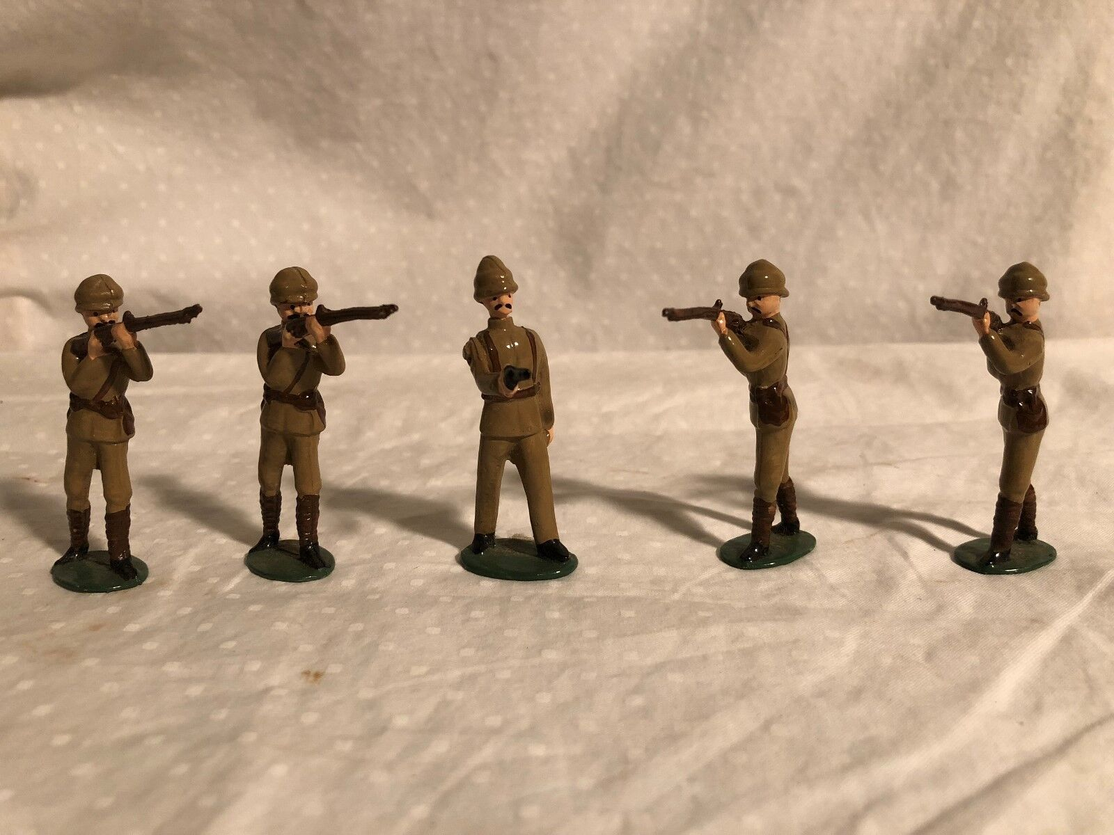 Lead Lead Lead Soldiers European Tan Uniforms 5 piece set British feb