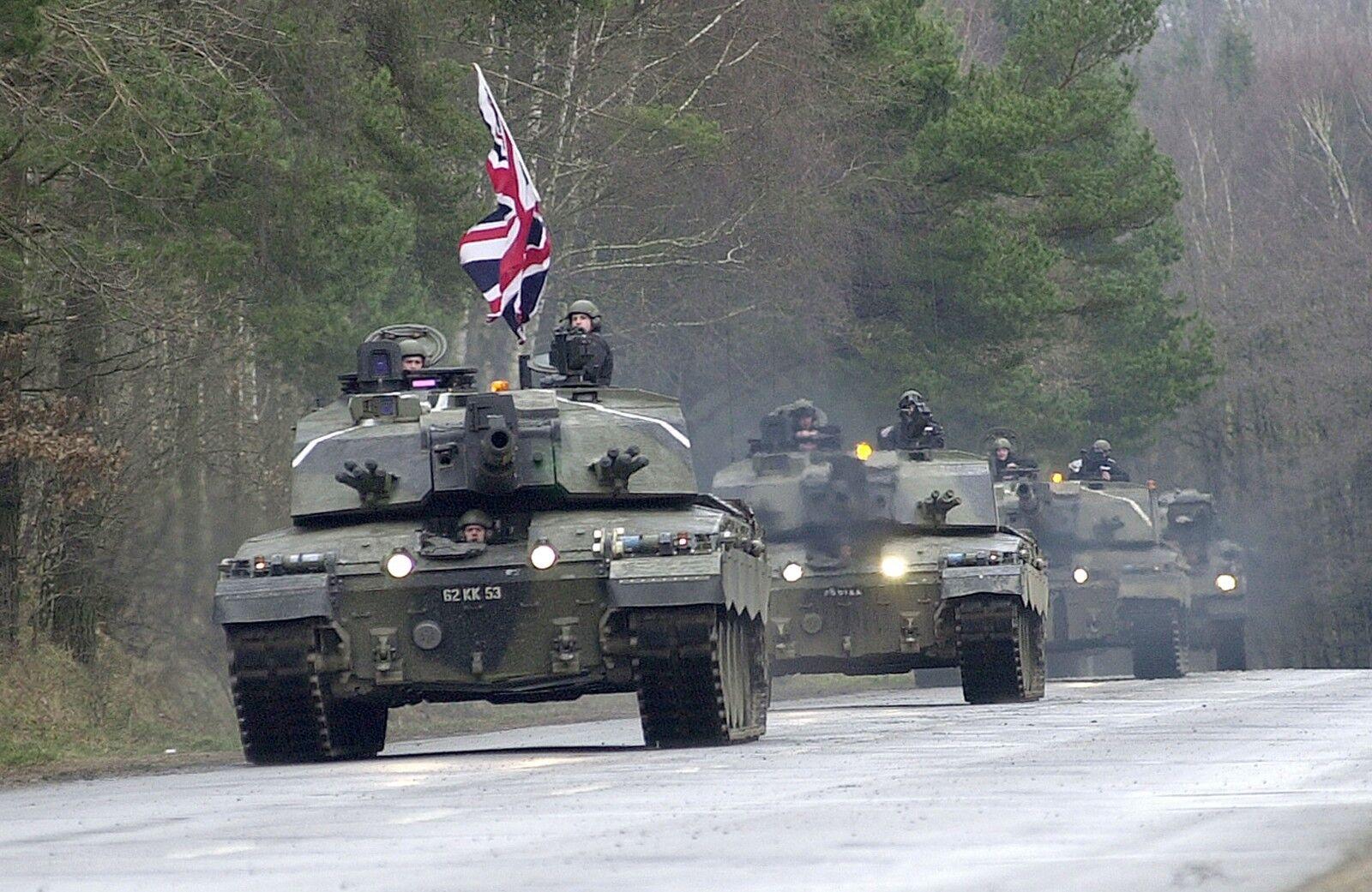 2nd Royal Tank Regiment CHALLENGER 2.     Military Photo Print