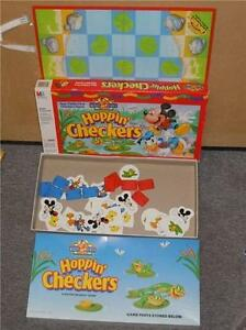 Walt-Disney-Mickey-039-s-Stuff-for-Kids-Hoppin-039-Checkers-Board-Game-MB-1993-4404-VG