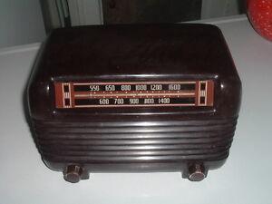 Anitique Philco Brown Bakelite Transitone Original Model Radio Needs Work