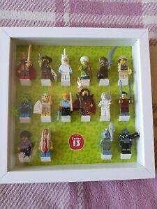 Véritable série de figurines Lego 13 complète avec cadre