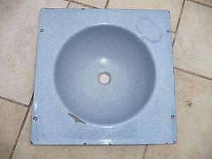 rare-ancien-lavabo-d-039-usine-en-tole-emaillee-loft-atelier-mobilier-industriel