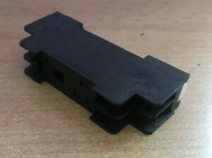 5 Pin Relay Base for Din Rails   10A  250AC   double throw relay      Z2684