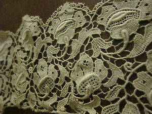 """Collars & Cuffs Antique Ecru Cotton Schiffli 3d Lace Collar 21"""" X 3 1/4"""" New Varieties Are Introduced One After Another Antiques"""