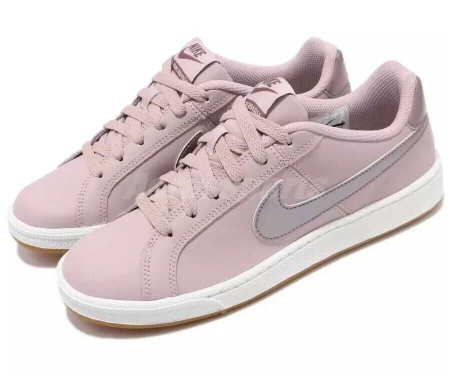 Nike Court Royale Particle pink Pink Gum Women's Size 10 Casual shoes 749867-600