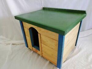 CASETA de madera para perro o gato. Con TAPA. 65 cms. Raza pequeña