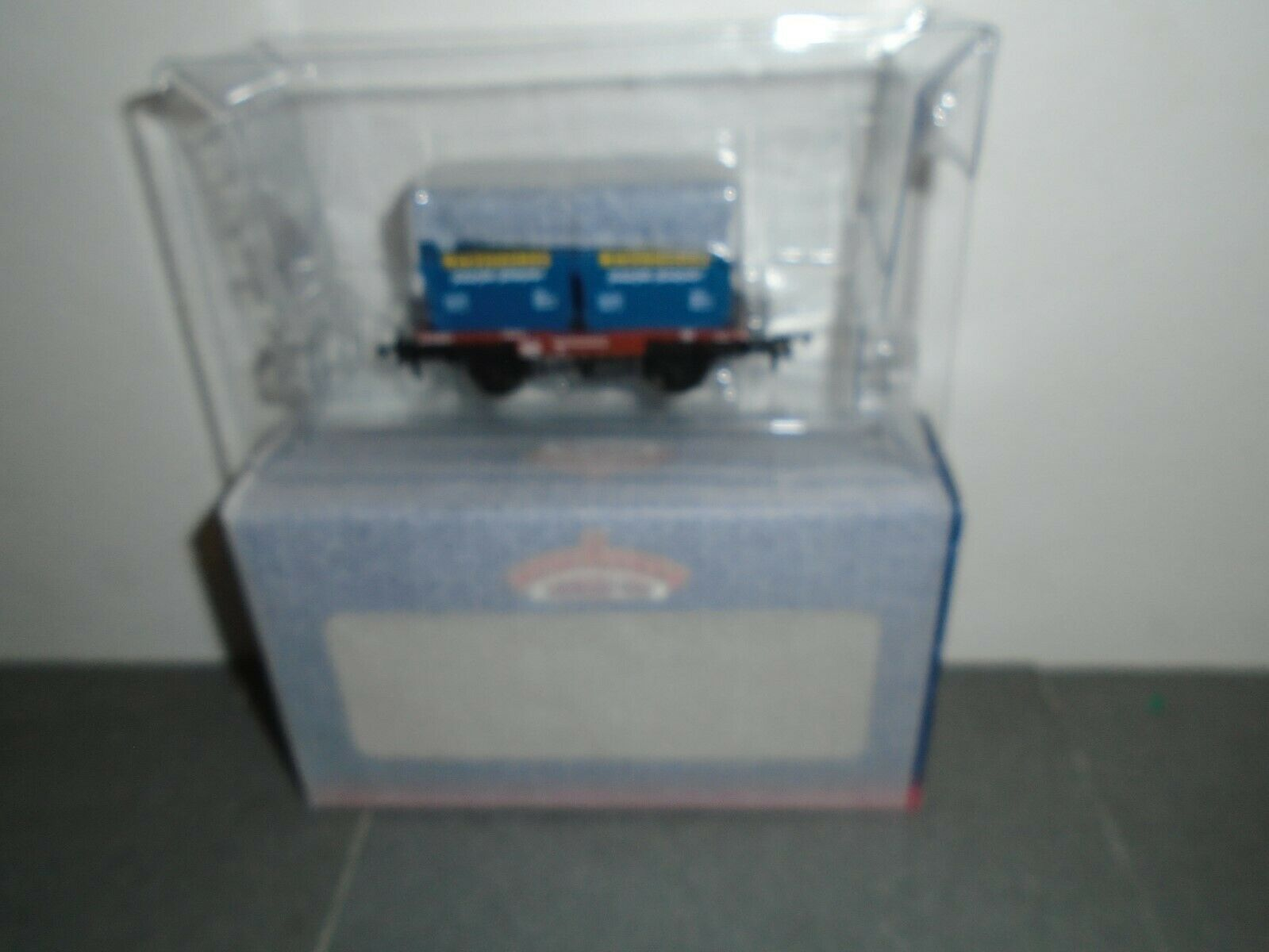 Bachuomon 37975X  BR i Plank Conflat CW MacFisheries Containers LTD ED 00g.