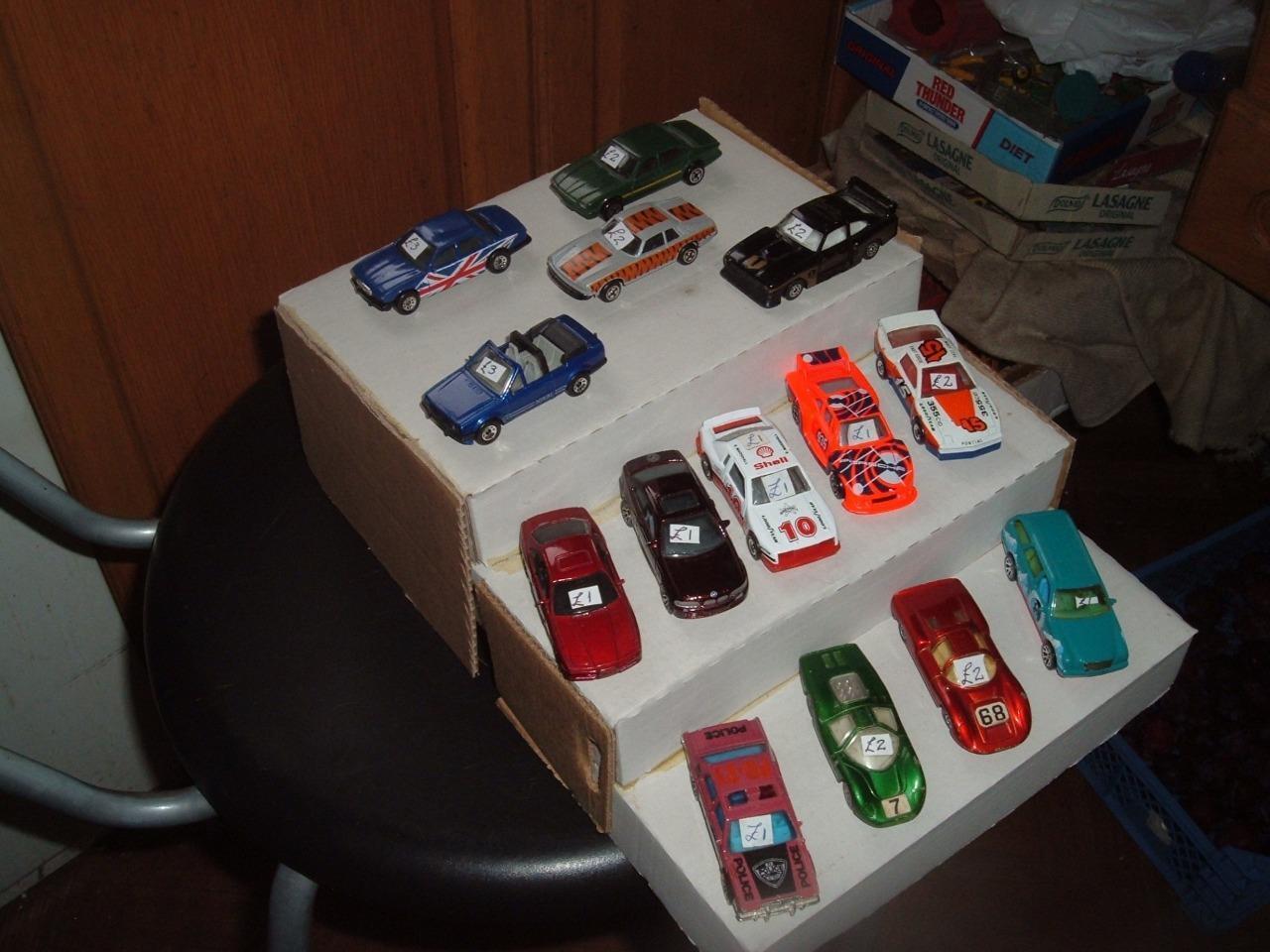 14 varios Matchbox Y Corgi Corgi Corgi Modelo Coches todos en condición usada fd9967