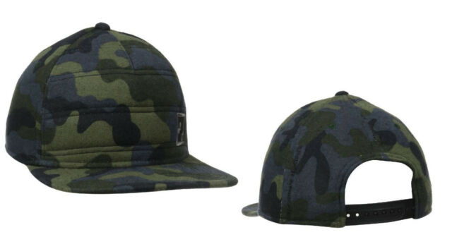 Under Armour 1262163 Men Quilted Flat Bill Camo Adjustable Cap Hat ... ffd0db850307