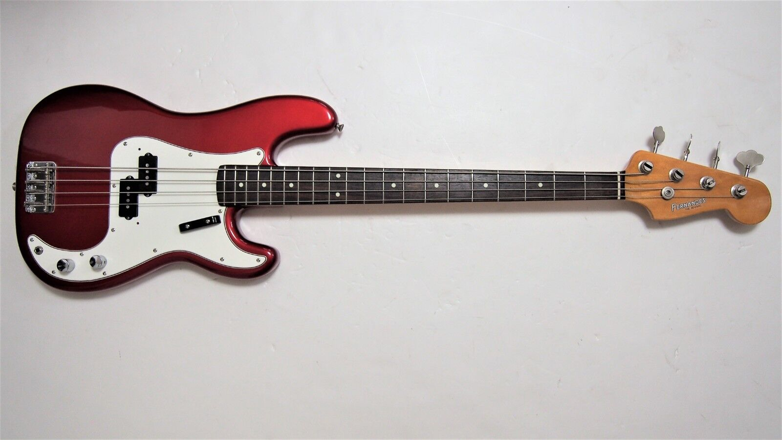 FERNANDES  REVIVAL  RPB-50 P BASS EARLY 80'S BUILD.BEAUTIFUL AMAZING PLAYABILITY