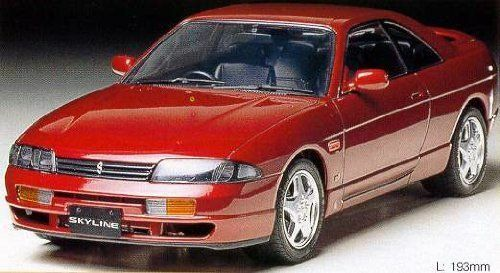 Tamiya 124 Nissan Skyline GTS model kit 24132
