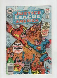 JUSTICE-LEAGUE-OF-AMERICA-137-VF-NM-JSA-Superman-Batman-Flash-DC-1976