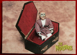 THE MUNSTERS - Card #44 - TOY SCARY - DART 1997