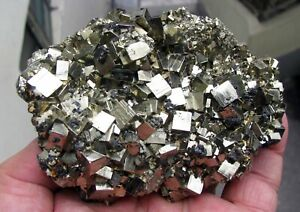 PYRITE-BRILLIANT-CUBIC-CRYSTALS-SPHALERITES-and-CALCITES-from-PERU-GORGEOUS