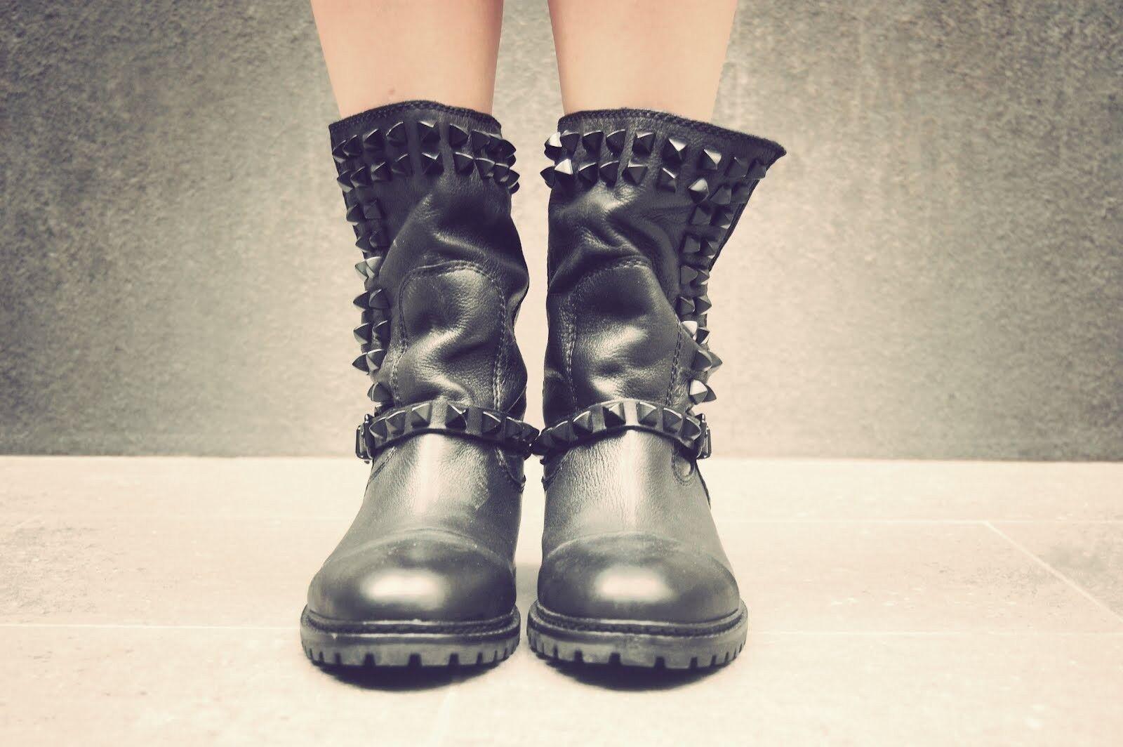 ZARA - BLACK Studded Slouch Flat Boots BLACK - size 36 b9ceb0