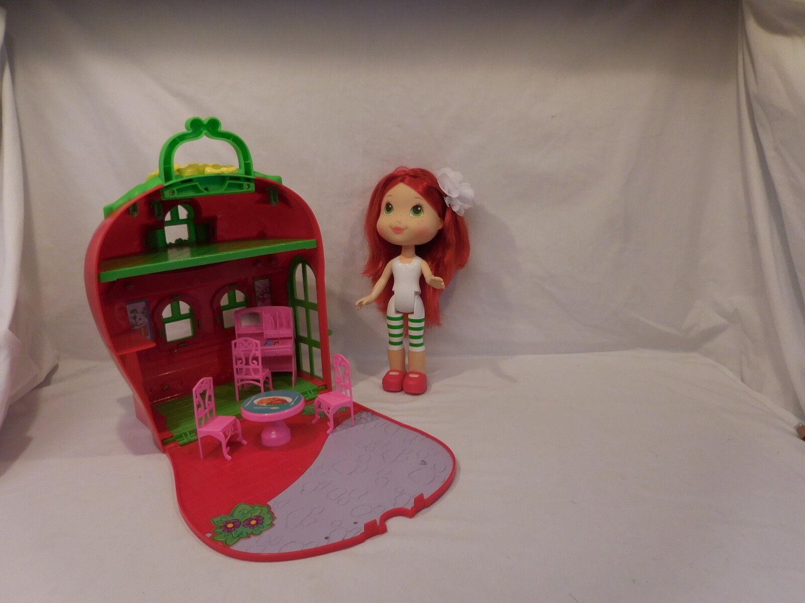 Strawberry Shortcake Party House + Large Strawberry Doll
