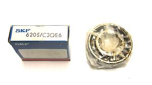 NEW IN BOX SKF 6205//C3QE6 SKF SINGLE ROW BALL BEARING 6205JEM
