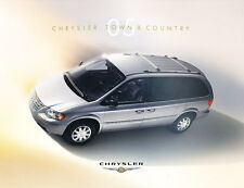 2005 Chrysler Town & Country Van 32-page Original Car Sales Brochure Catalog