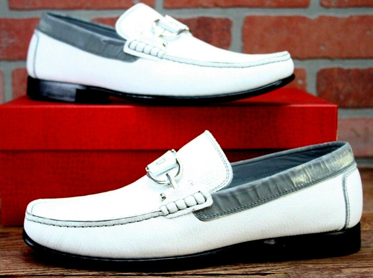 Donald J.Pliner Mens Dacio White Grain Leather Reflective Slip On Loafers Sz 9 M