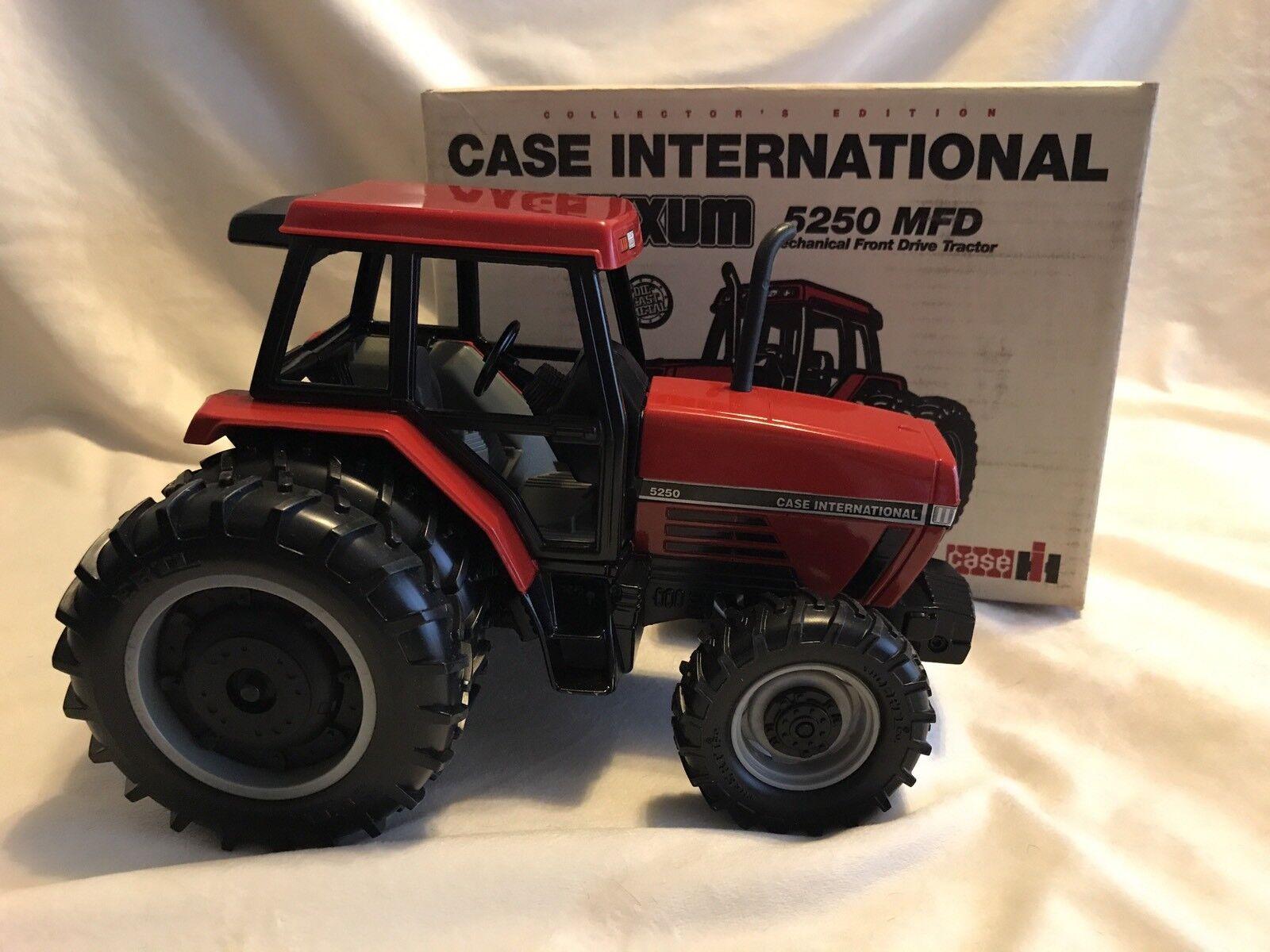 NIB NIB NIB Ertl Case International Maxxum 5250 MFD Die-Cast Tractor Collectors 1 16 d8cb27