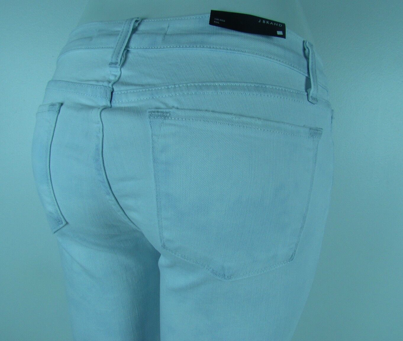 J BRAND 8112 SKINNY RAIL Mid Rise Destroyed Woman Jeans 26 in RUNAWAY WHITE