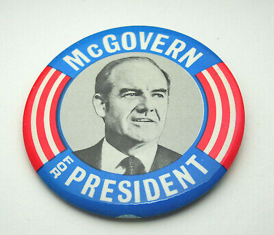 2 McGovern Illinois Bend Presidential Political Tin Button Pin NOS New 1972