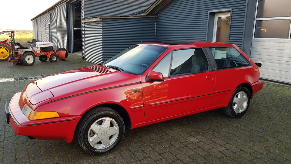 Volvo 480 1,7 ES Turbo Benzin modelår 1989 km 138000 Rød